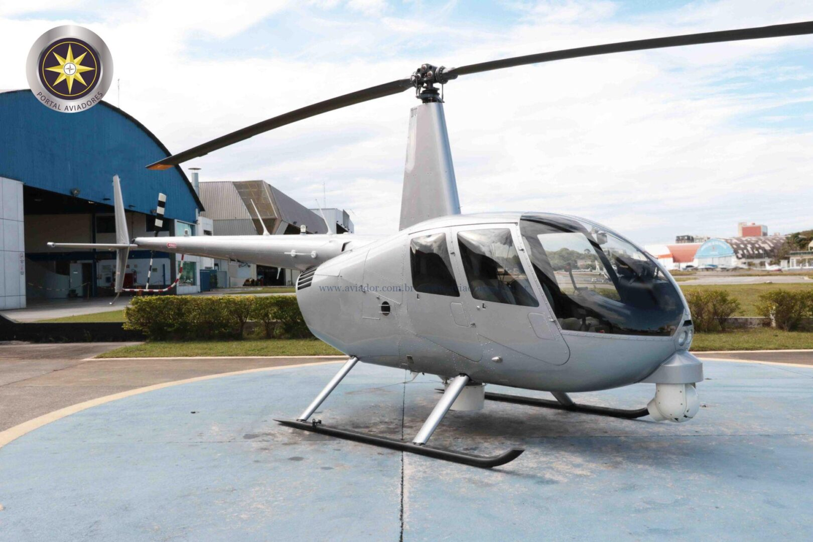 Robinson R44 Raven II Newscopter – Ano 2012 – 2.528 H.T.